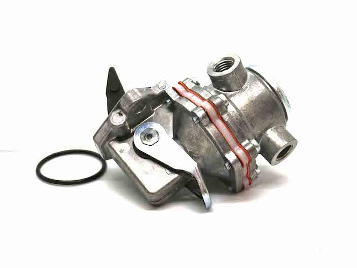 Fuel Lift Pump (Part Number: 504090935) - Call South Burnett Tractor Parts on 07 4164 2000