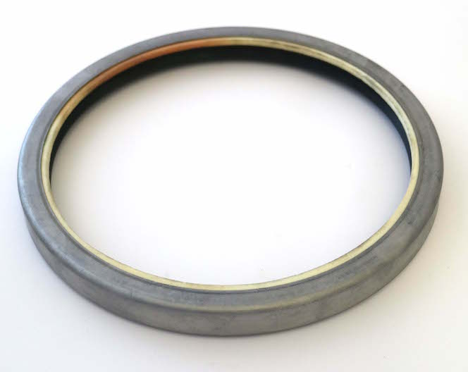 Hub Seal  (Part Number: 5137109) - Call South Burnett Tractor Parts on 07 4164 2000